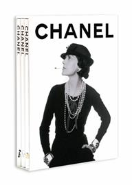 "Self-inventor extraordinaire, Gabrielle ""Coco"" Chanel revolutionized the lifestyle of her time by inventing a modern concept of luxury. She set her stamp on the 20th century, promoting a new feminine silhouette both sophisticated and discreet. This modern attitude of understated luxe thrives today thanks to the creative talents of Karl Lagerfeld, artistic director since 1983, who has reinvigorated the house by reinventing its famous signatures season after season.  Assouline's completely updated trilogy u"